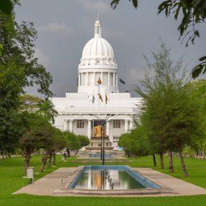 tours-to-sri-lanka-Colombo-img-05