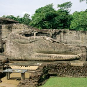 Medieval-capital-of-Polonnaruwa-6