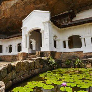 private-tours-to-sri-lanka-Dambulla-01