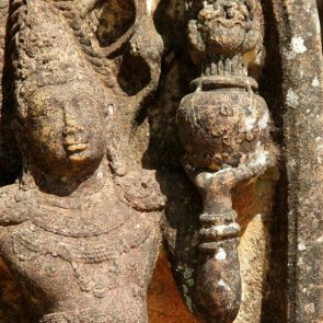 sri-lanka-holiday-tours-Polonnaruwa-03